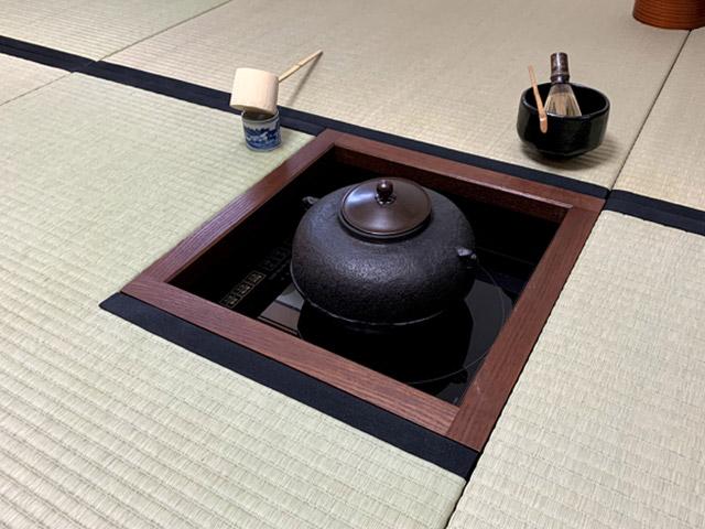IH置炉をピッタリ埋め込むことができる置き畳